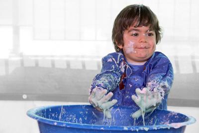 Antalya Lara okul öncesi anaokulu ve kreşlerinde Messy Play